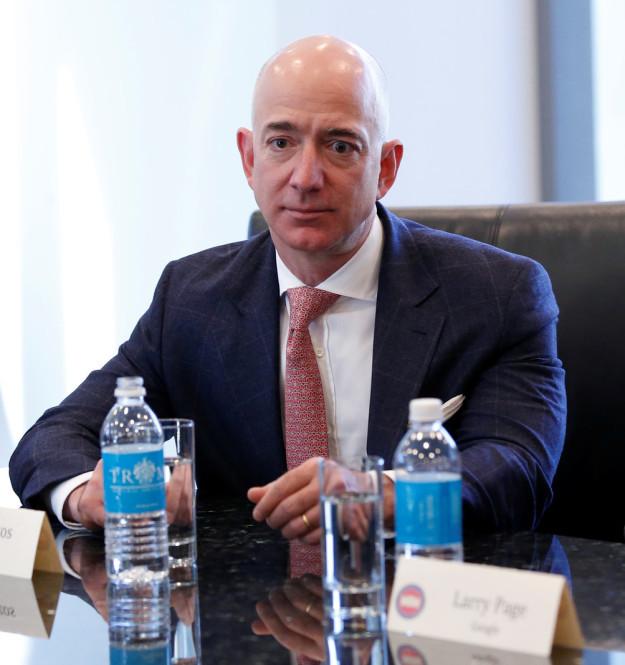 一周科技精选:特朗普会见科技大佬们 亚马逊用无人机送货