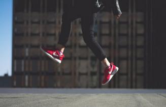 耐克利用AR为消费者提供运动鞋试穿效果