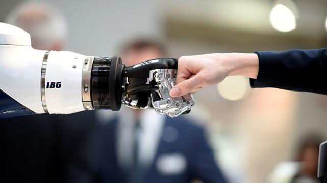 世界机器人强国排行榜: 第一名居然是它